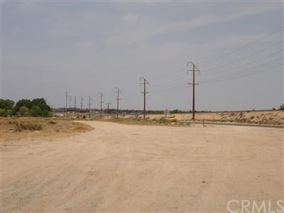 0 Deep Creek Road, Apple Valley CA: http://media.crmls.org/mediaz/B303914E-F2BE-4A15-B602-200D57840AE7.jpg