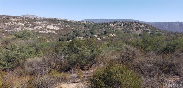 26362 Oak Trail Road Road, Valley Center CA: http://media.crmls.org/mediaz/B3268EB6-2D4E-43FF-9D37-D913D3C6E745.jpg
