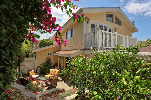 2401 Olive Avenue, La Crescenta, California 91214, 2 Bedrooms Bedrooms, ,1 BathroomBathrooms,Residential,For Sale,Olive,819003813