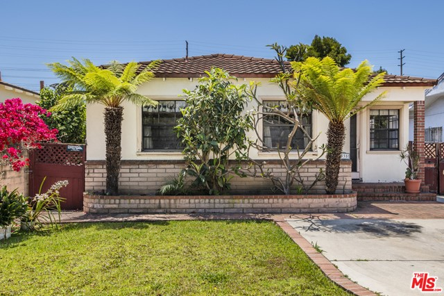 4335 CAMPBELL Drive  Los Angeles CA 90066