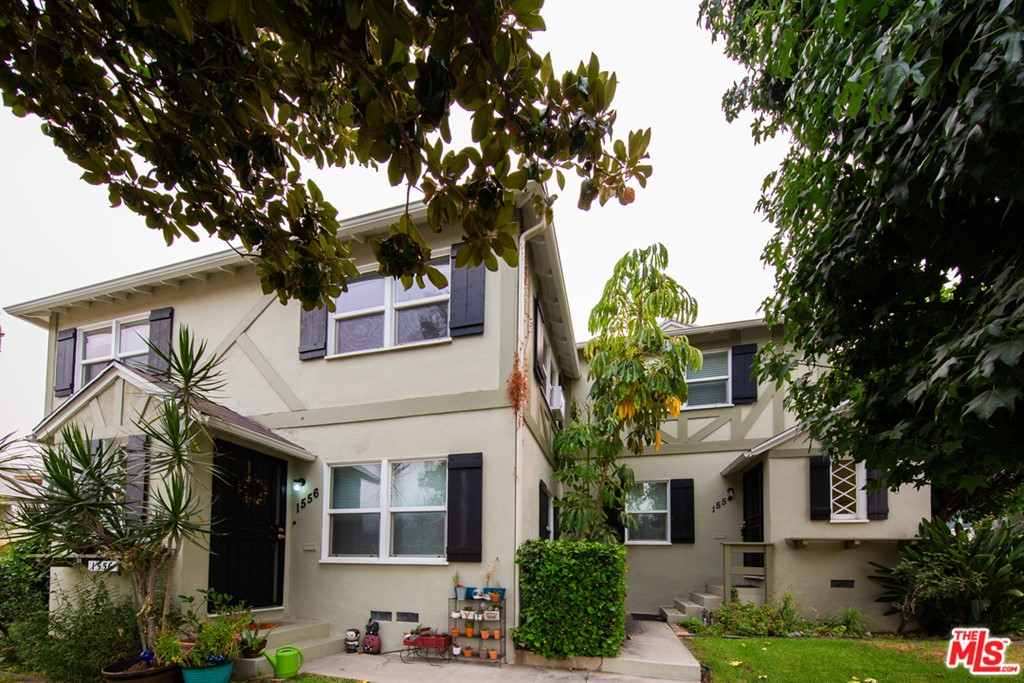 1554 The Midway Street #  Glendale CA 91208