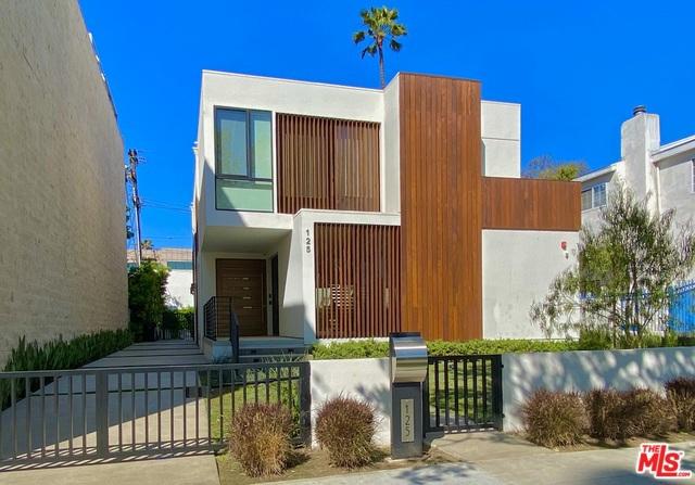 125 N STANLEY Drive, Beverly Hills CA: http://media.crmls.org/mediaz/B3C41AE4-62F9-4D16-BCE1-8D2D1C98C3DC.jpg