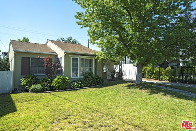 Photo of 16740 OTSEGO Street, Encino, CA 91436