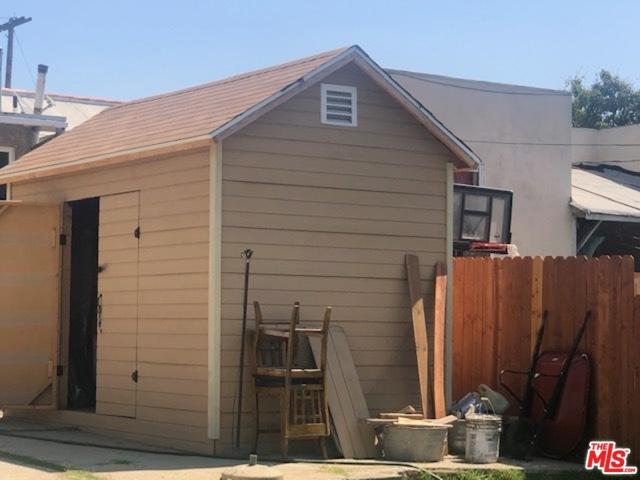 3520 E 6Th Street, Los Angeles CA: http://media.crmls.org/mediaz/B4AE068D-5C72-43EA-BB6B-F0B5F0C102CE.jpg