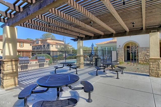 437 Castiano Street, Camarillo CA: http://media.crmls.org/mediaz/B4CC8814-6852-4119-92E2-9B4EBB00D727.jpg
