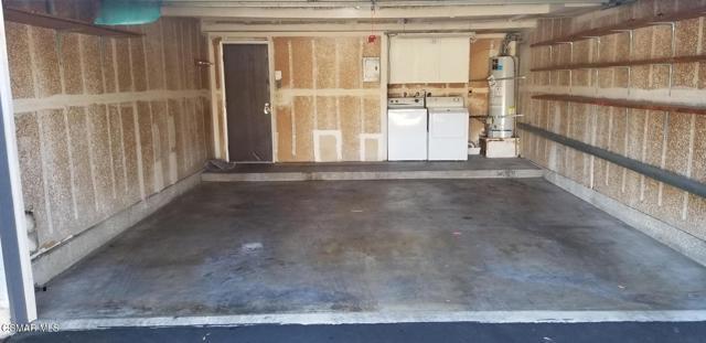 3660 Summershore Lane, Westlake Village CA: http://media.crmls.org/mediaz/B4E6E63D-83C8-47F3-B10B-3409BAC7B5A9.jpg