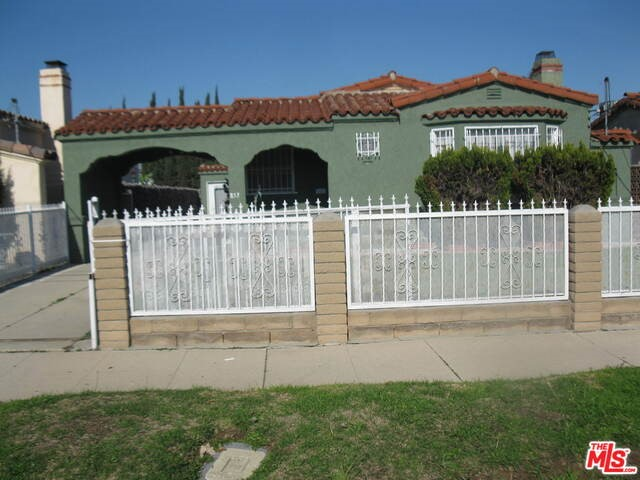 Single Family Home for Sale at 853 117th Street W Los Angeles, California 90044 United States