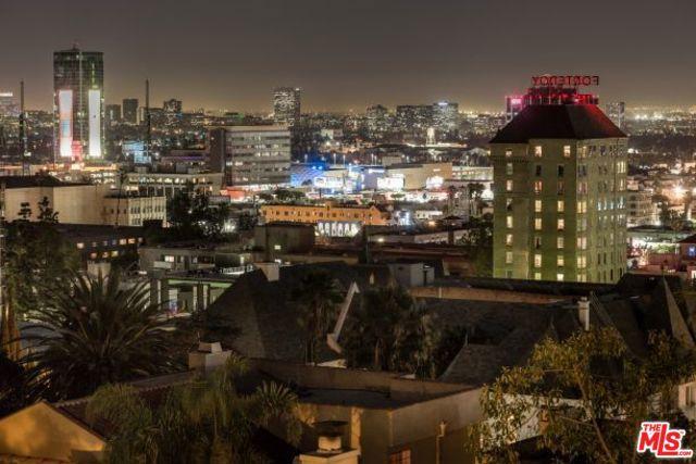 6652 WHITLEY Terrace, Los Angeles CA: http://media.crmls.org/mediaz/B5BF41F5-60FA-469E-A39D-111390775BAB.jpg
