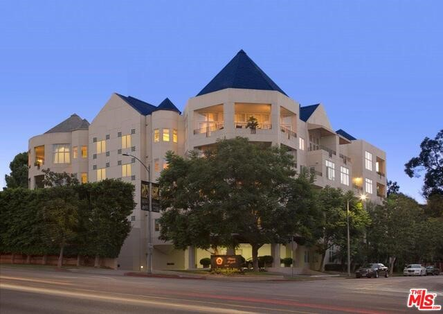 Photo of home for sale at 10351 WILSHIRE Boulevard, Los Angeles CA