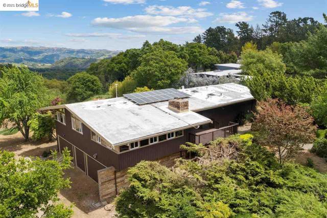 14100 Skyline Blvd, Oakland CA: http://media.crmls.org/mediaz/B61304F4-1B21-4B94-BA91-0E48789B1F79.jpg