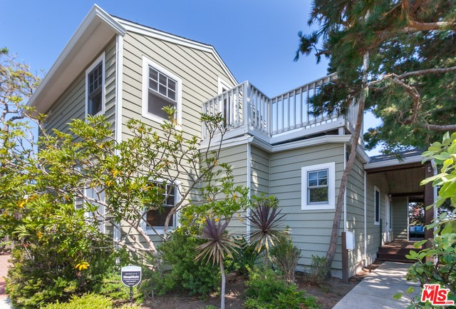 621 RAYMOND Ave, Santa Monica, CA 90405