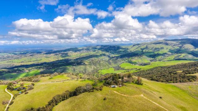500 El Caminito Road, Carmel Valley CA: http://media.crmls.org/mediaz/B62F57A4-4869-4315-83EF-1074450D51CB.jpg