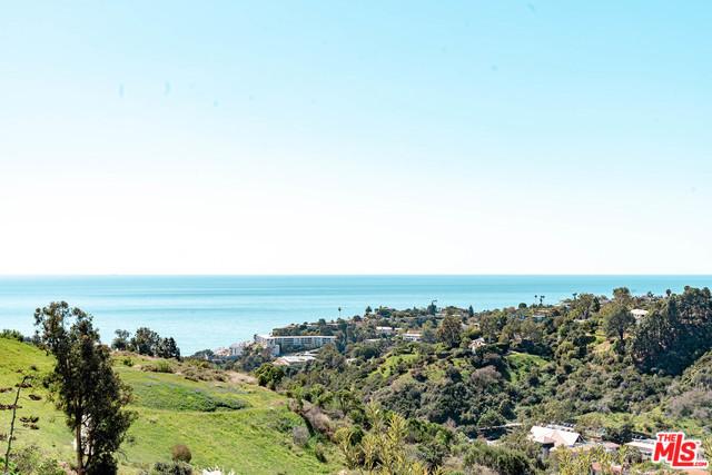 Photo of 817 ENCHANTED Way, Pacific Palisades, CA 90272