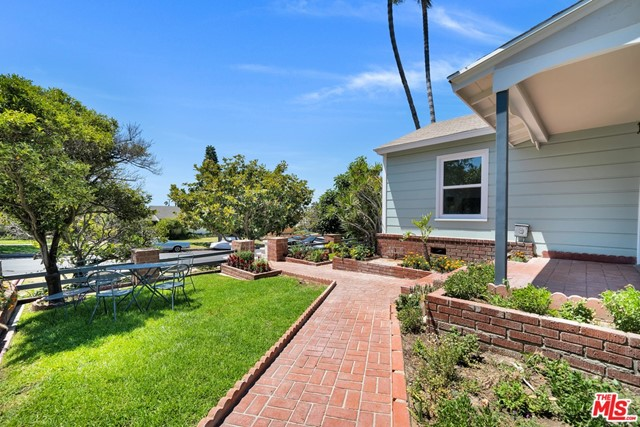 13107 Rose Ave, Los Angeles, CA 90066 photo 11