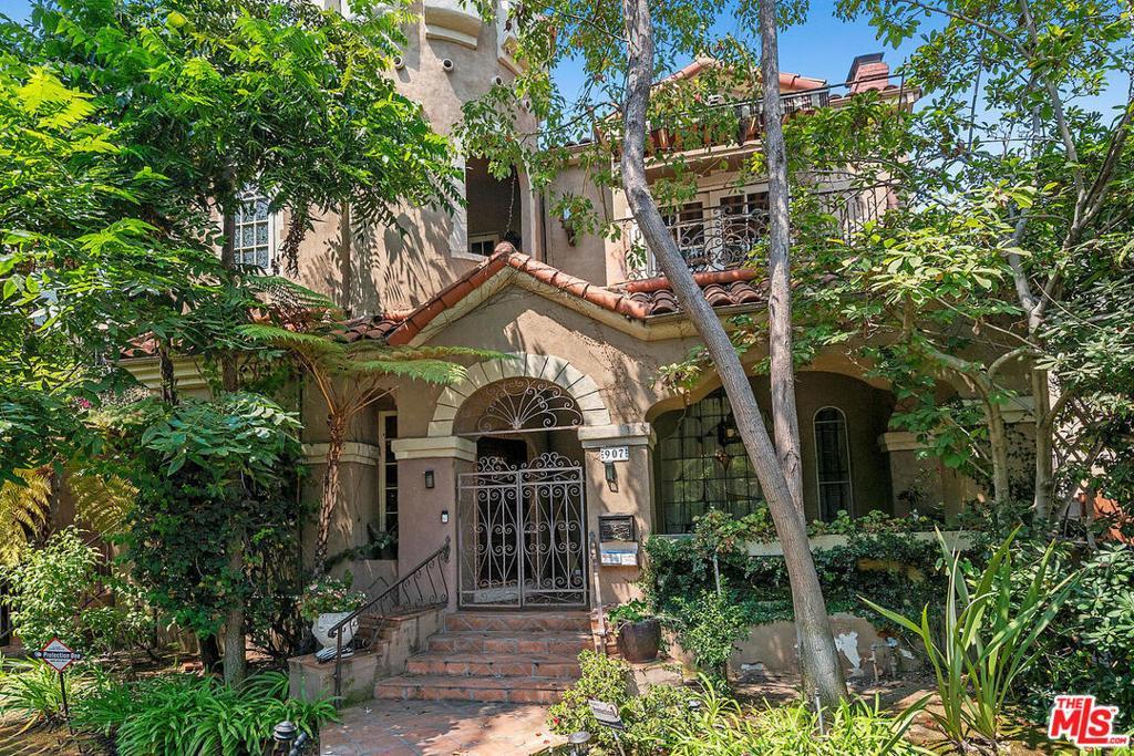 907 S Mansfield Avenue #  Los Angeles CA 90036