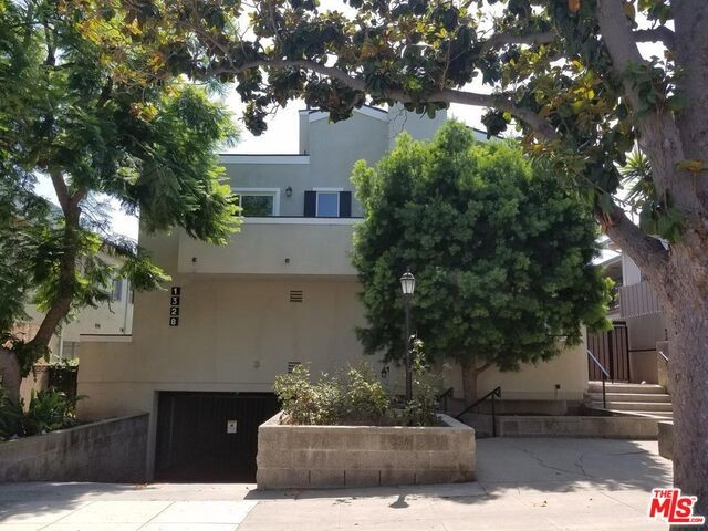 1328 9TH 1 Santa Monica CA 90401