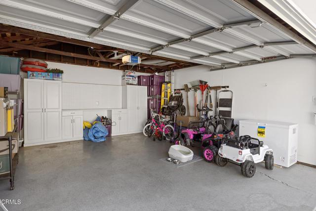 1738 N Roosevelt Avenue, Altadena CA: http://media.crmls.org/mediaz/B963A78E-E664-4899-B3F1-6849DBDBD3F4.jpg