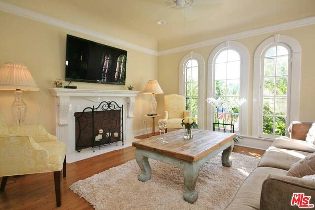 Photo of home for sale at 1024 HAVENHURST Drive, West Hollywood CA