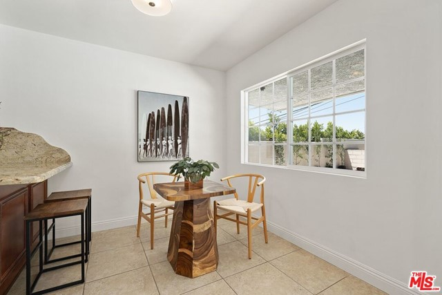 6711 S Sherbourne Dr, Los Angeles, CA 90056 photo 9
