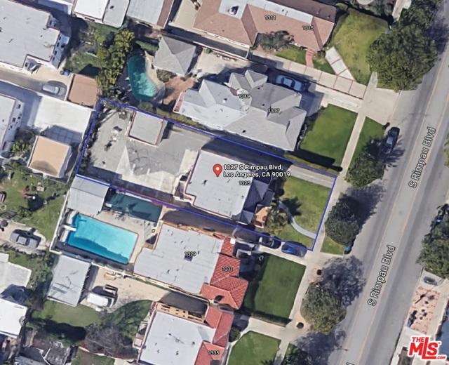 1327 S Rimpau Boulevard, Los Angeles CA: http://media.crmls.org/mediaz/BA21686F-1367-40DD-9DE6-D51011D5D47E.jpg