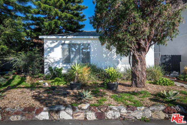 1227 18TH Street #  Santa Monica CA 90404
