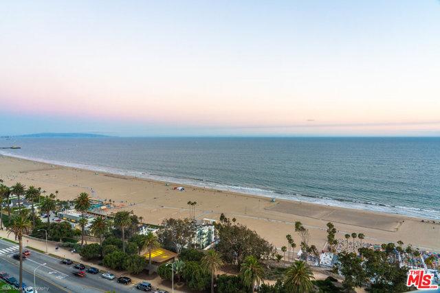 201 OCEAN Avenue, Santa Monica CA: http://media.crmls.org/mediaz/BA6DB5CB-21CC-4994-8211-23ED9C373909.jpg