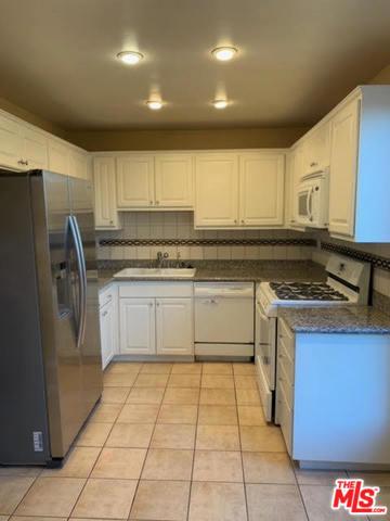 Photo of 5115 KESTER Avenue #17, Sherman Oaks, CA 91403