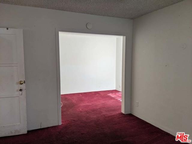 332 W Laurel Street, Compton CA: http://media.crmls.org/mediaz/BC5192D6-DE5E-4A2F-8EA1-D81D2B753899.jpg
