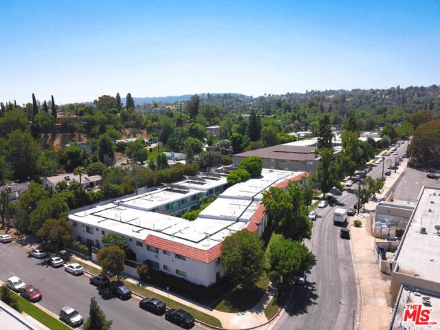 Photo of 5480 QUAKERTOWN Avenue, Woodland Hills, CA 91364