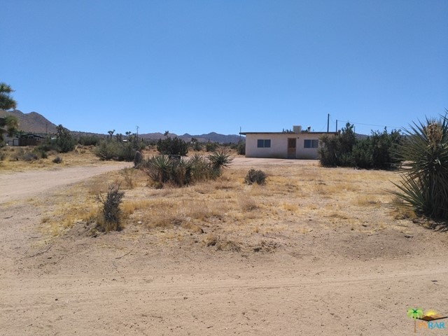 Photo of home for sale at 59149 DESERT GOLD Drive, Yucca Valley CA