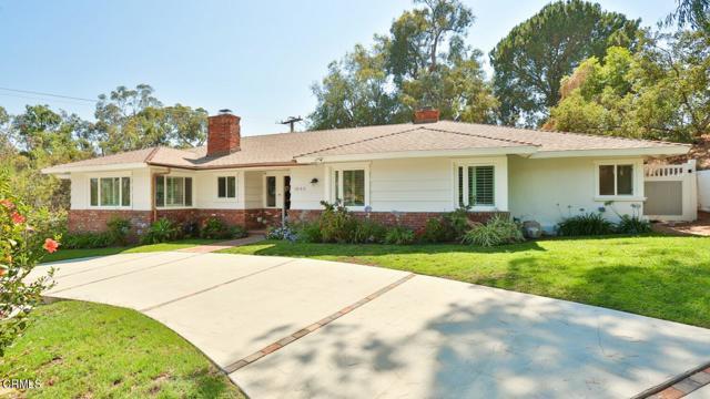 1840 Skyview Drive, Altadena CA: http://media.crmls.org/mediaz/BD2E8ECD-3BE3-452A-B073-CDC91EB16D2E.jpg