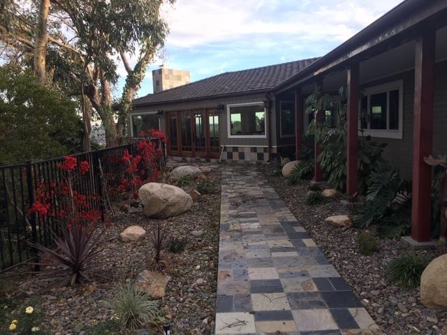 5665 Linea Del Cielo, Rancho Santa Fe CA: http://media.crmls.org/mediaz/BD527B6C-B5BE-48A8-A797-A50EBECC7F0F.jpg
