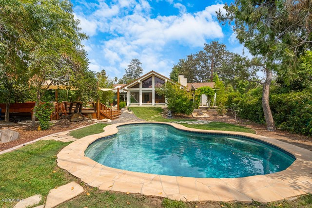 Photo of 1927 Meadow View Court, Thousand Oaks, CA 91362