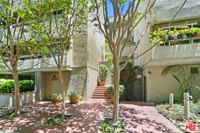 1888 Greenfield Avenue 105  Los Angeles CA 90025