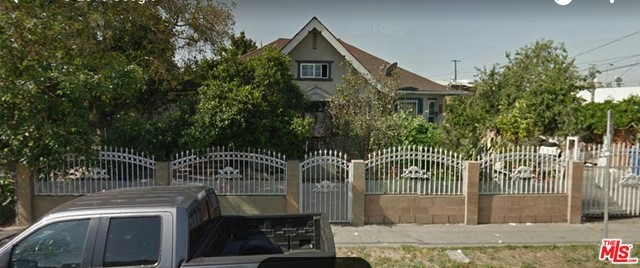 126 36Th Place, Los Angeles, California 90011