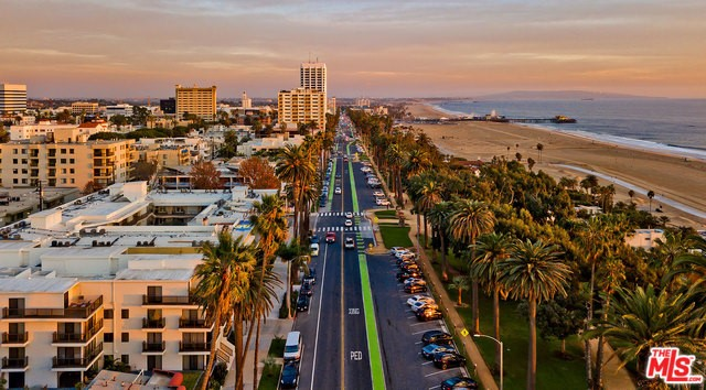 833 OCEAN 304 Santa Monica CA 90403