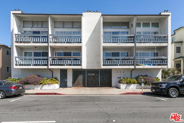 320 Hermosa 106 Hermosa Beach CA 90254