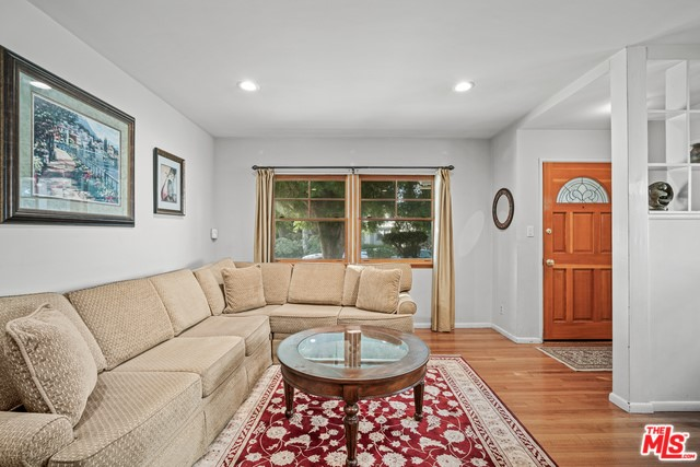 3390 Federal Ave, Los Angeles, CA 90066 photo 5