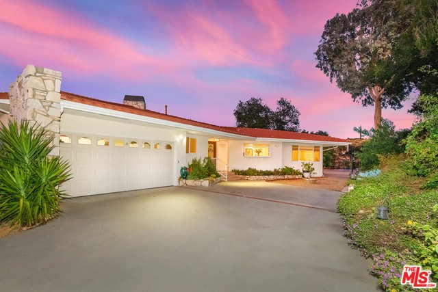 Photo of 15689 ROYAL RIDGE Road, Sherman Oaks, CA 91403