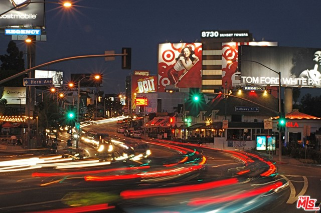 1336 N Fairfax Avenue, West Hollywood CA: http://media.crmls.org/mediaz/BE38E183-7622-4F68-B437-697B81F565DE.jpg