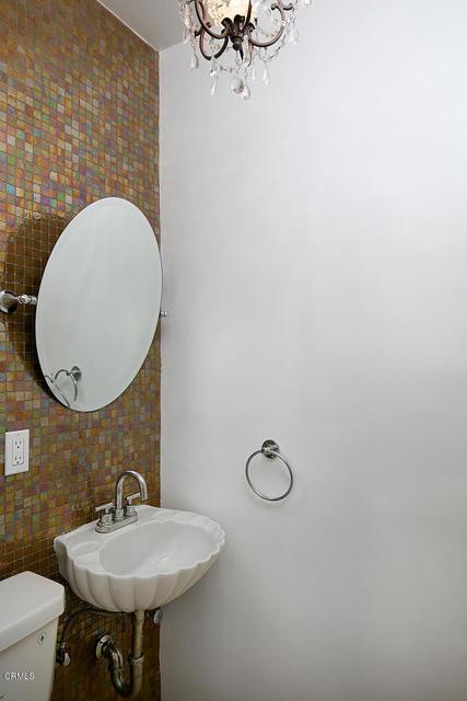 卧房个数: 3, 浴室个数 : 1.5