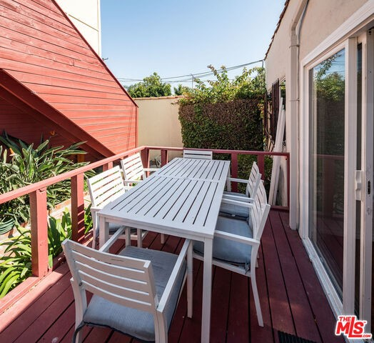 705 Brooks Ave, Venice, CA 90291 photo 10