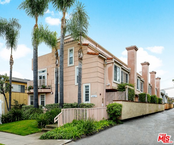 Single Family for Sale at 1116 24th Street Santa Monica, California 90403 United States