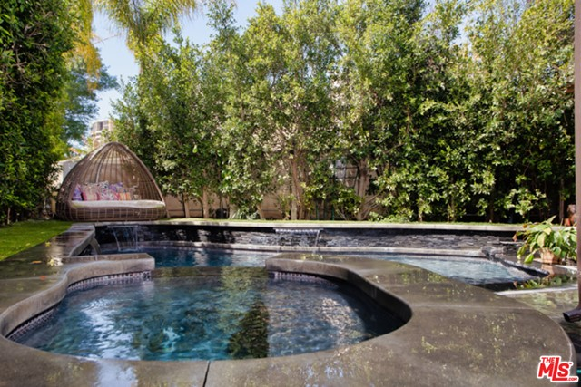 941 Princeton Dr, Marina del Rey, CA 90292 photo 2