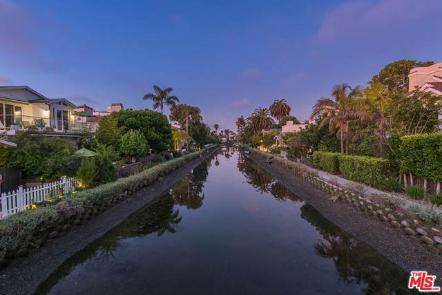 412 Howland Canal, Venice, CA 90291 photo 7