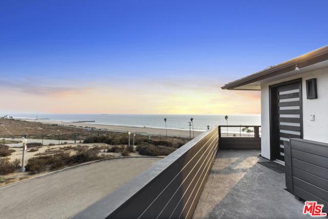 7611 Rindge Ave, Playa del Rey, CA 90293 photo 5