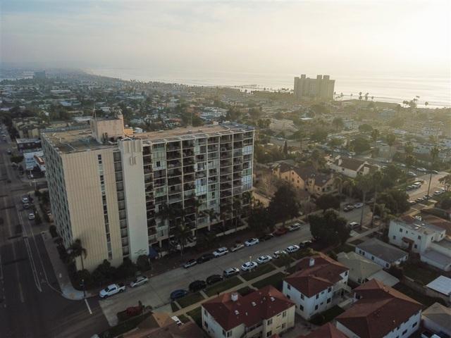 4944 Cass St  San Diego CA 92109