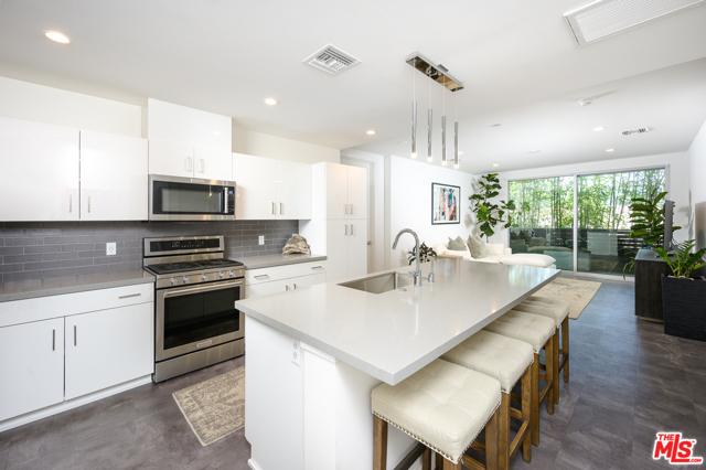 4140 Glencoe Ave 201, Marina del Rey, CA 90292