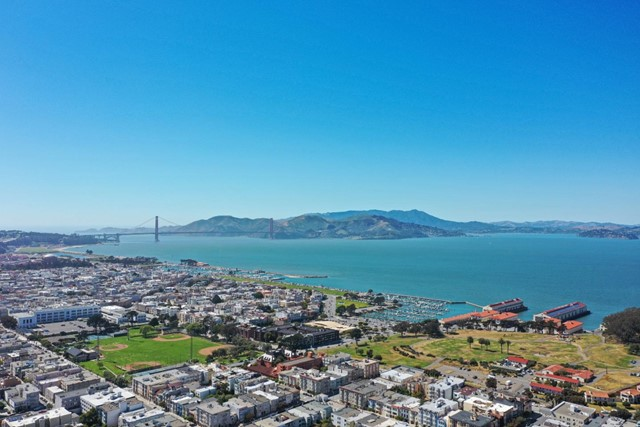 1438 Green Street, San Francisco CA: http://media.crmls.org/mediaz/C11943A7-12A4-4A50-94D2-BB6C22BA5779.jpg