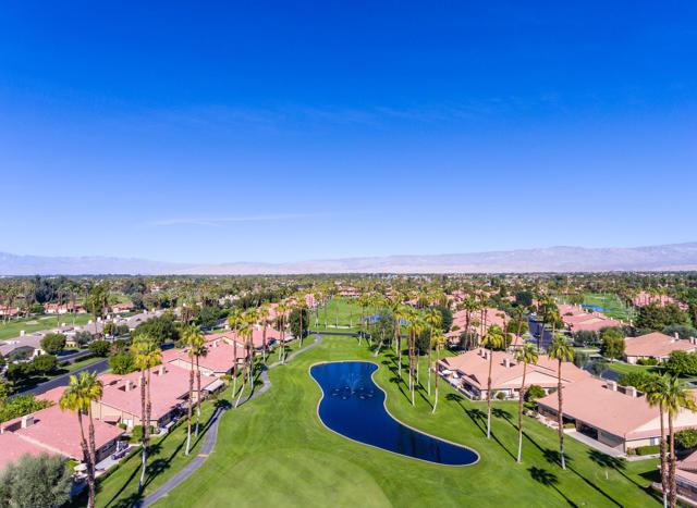 122 Conejo Circle, Palm Desert CA: http://media.crmls.org/mediaz/C14E09D7-0E37-45D4-8712-8077AD513AEF.jpg